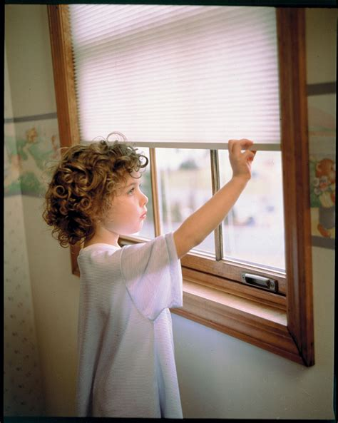 Shopping For Window Blinds Window Fashions News Shutters Shades Blinds Installation