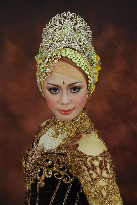 Make Up Pengantin Modern sanggul pengantin modern 2013 newhairstylesformen2014