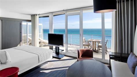 sea view living room executive room sea view le m 233 ridien nice best rate