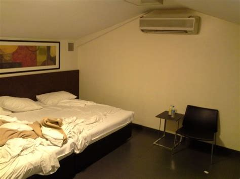 Hotel 81 Room Rates Per Hour by Family Room Picture Of Hotel 81 Selegie Singapore