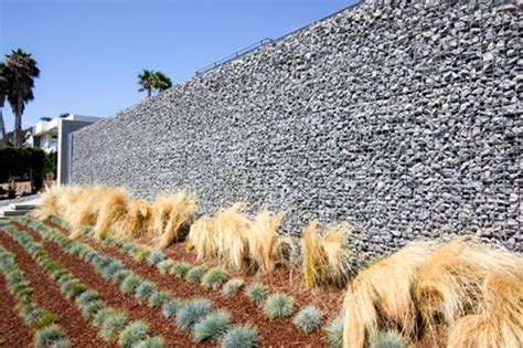 Creating Privacy In Backyard Privacy Landscaping Ideas Landscaping Network