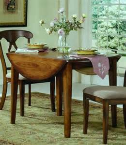 Kitchen Tables For Small Spaces by Drop Leaf Kitchen Tables For Small Spaces With Leaves 268