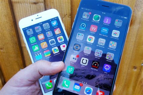 apple s ios 8 update wreaking havoc for new iphone 6 and iphone 6 plus users daily