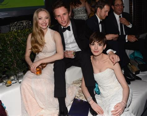 amanda seyfried siblings amy and tina host an eventful 70th globes teevee in dc