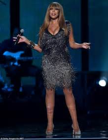Wendy Minidress 1 wendy williams flashes major cleavage to emcee the 2014 soul awards daily mail