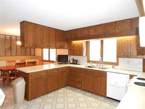 Decorating Ideas For Above Kitchen Cabinets need ideas for 1970 s oak kitchen cabinet update