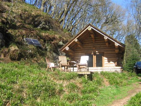 wooden log cabin looking after log cabins wood finishes direct