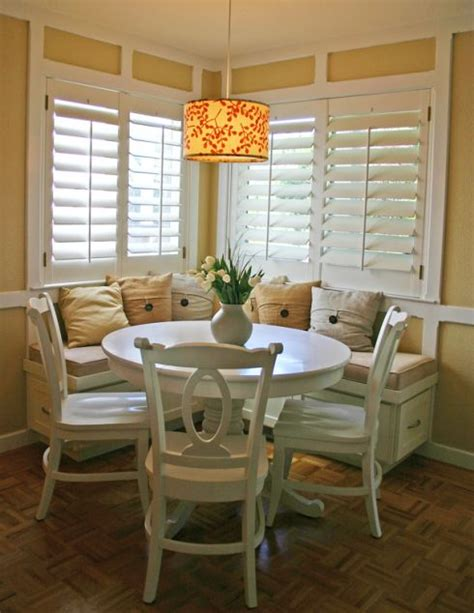 Nook Vs Dining Room 1000 Ideas About Dining Room Banquette On