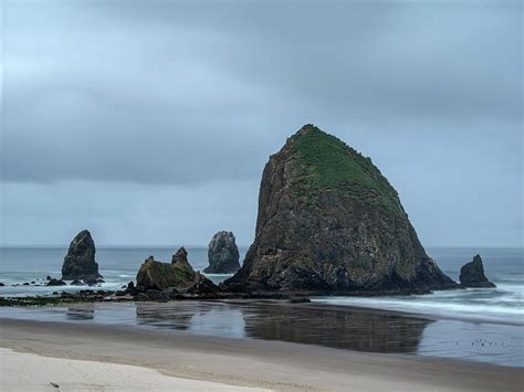 haystack rock photograph by alan kepler