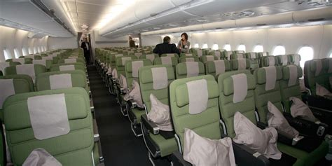 airlines    economy class seats huffpost