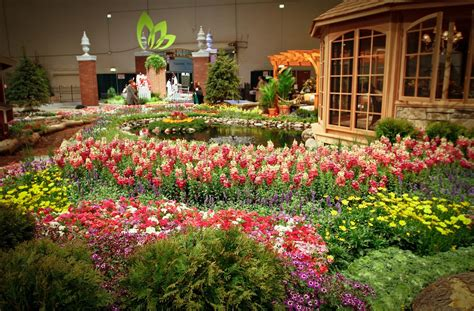 Family Time Magazine Chicago Flower Garden Show Returns Chicago Garden And Flower Show