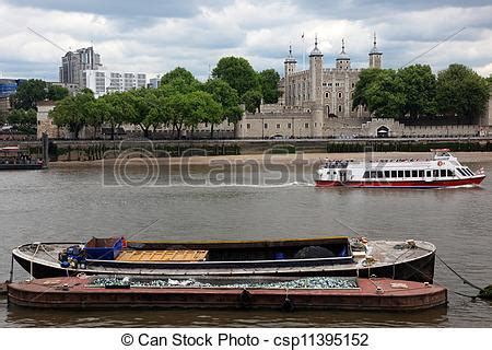 thames river boats tower hill stock images of tower of london on the thames river with