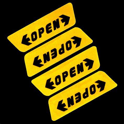 Stiker Kulkas 1 Pintu Motif stiker reflective pintu mobil open warning door yellow jakartanotebook