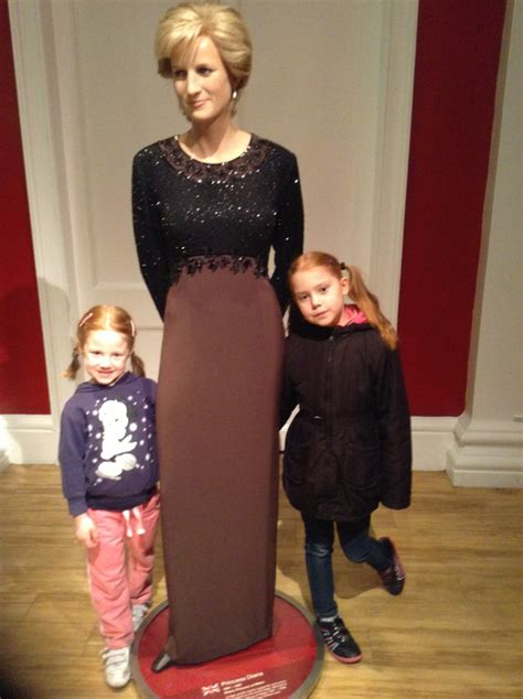lade di cera di at madame tussaud s pinned from pinto for