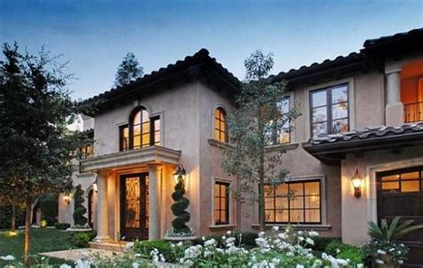 5 bedroom mansion kim kardashian s new house in beverly hills