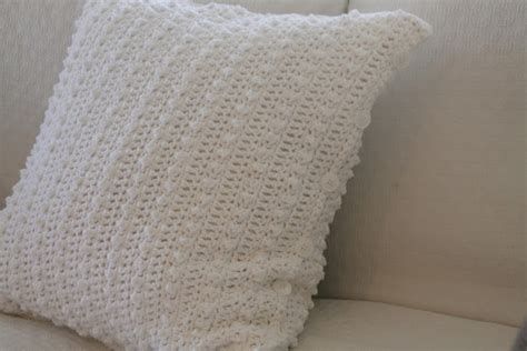 pattern for this end up cushions best 25 crochet pillow covers ideas on pinterest