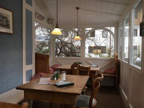 blaues haus oberstaufen kuchen im blauen haus bild cafe blaues haus