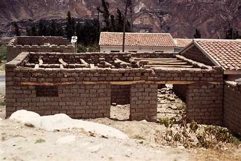 what is an adobe house file callejon de huaylas adobe house jpg wikipedia