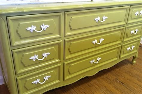 Sanding And Painting A Dresser by Before After Paint It Pretty Vintage Dresser