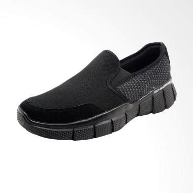 Sepatu Slip On Kasual Pria Biru Navy Everflow Vdf 600 Ori Murah jual sepatu sandal pria model terbaru kualitas terbaik