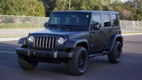 back of a jeep matte black jeep wrangler raail airwrap