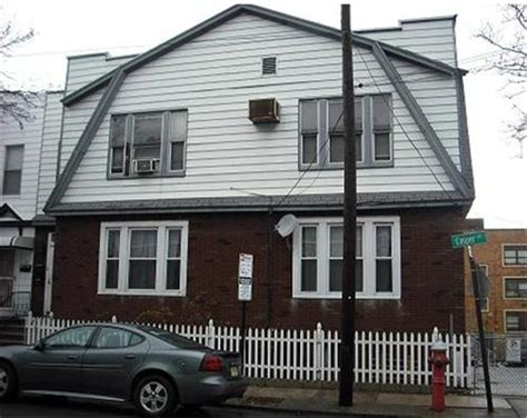 41 houton ave jersey city nj 07305 foreclosed home
