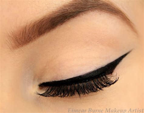 Eye Liner 5 tips on how to achieve freestyle winged eyeliner