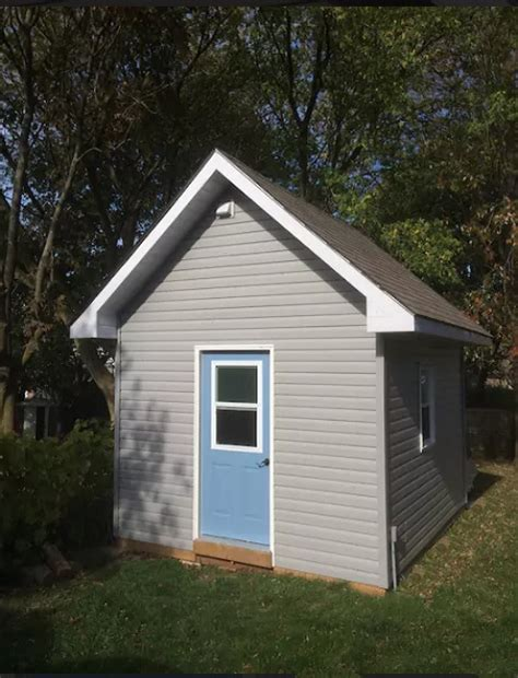 tiny house bnb tiny house bed and breakfast in as a button
