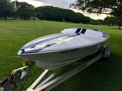 donzi boats for sale in bc 2007 used donzi shelby gt 22 high performance boat for