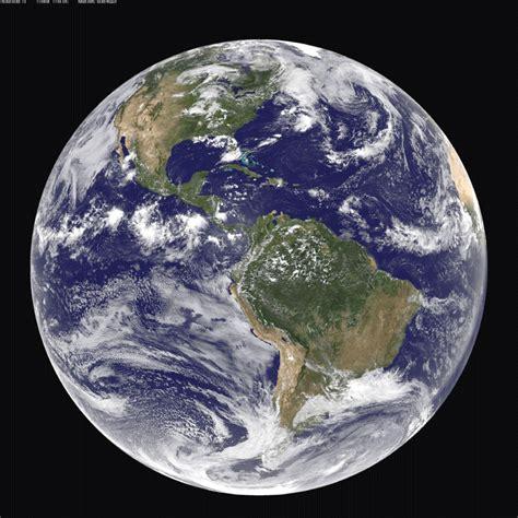 imagenes satelitales de la tierra meteorolog 237 a pr 225 ctica planeta tierra foto color en la