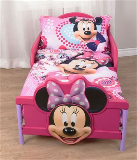 minnie mouse toddler comforter minnie mouse toddler bedding set walmart ca