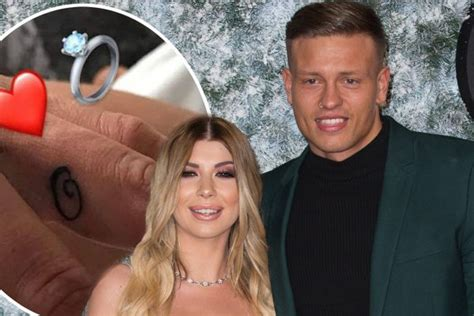 tattoo of us alex and olivia alex bowen gets tattoo on ring finger for olivia buckland