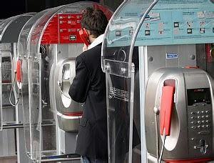 numeri delle cabine telefoniche cabine telefoniche addio ma una mail pu 242 salvarle roma