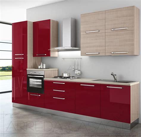 Cucina E Legno Chiaro by Cucina Componibile Rosso Bordeaux Legno Chiaro Zafferano