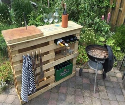 diy pallet outdoor bars   whip    time