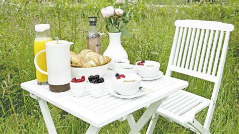 tavoli in plastica per esterno westwing tavoli da giardino pratici e eleganti