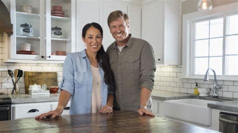 where do chip and joanna gaines live fixer upper stars chip and joanna gaines reveal latest