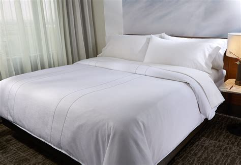 how to put a duvet cover on a down comforter buy luxury hotel bedding from marriott hotels platinum