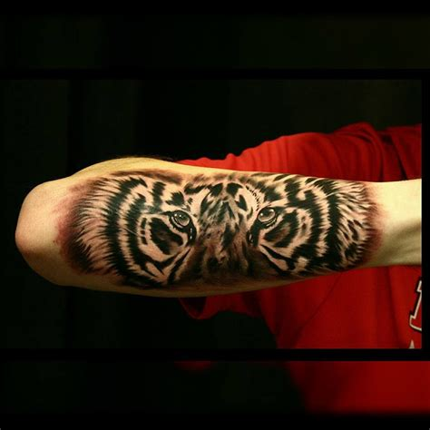 tiger forearm tattoo best tattoo design ideas
