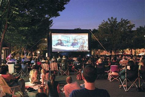 backyard movie your guide to free outdoor movies this summer in philly wooder ice