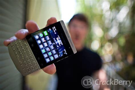 Baterai Blackberry Porche Design 9881 Original blackberry porsche design p 9981 crackberry
