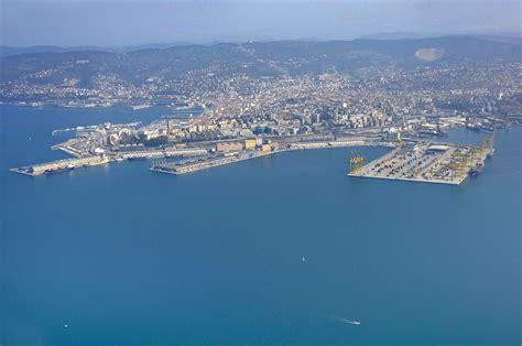 trieste porto franco porto franco nuovo harbor in trieste friuli venezia giuli