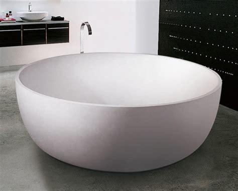 kratzer emaille badewanne entfernen freistehende badewanne mineralguss badewanne