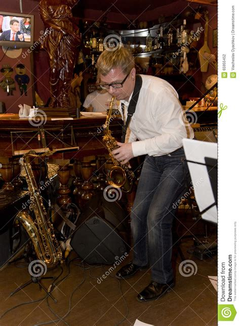 aliexpress com buy rock jazz saxophone performances home saxophonist musician pop group cocktail alexander