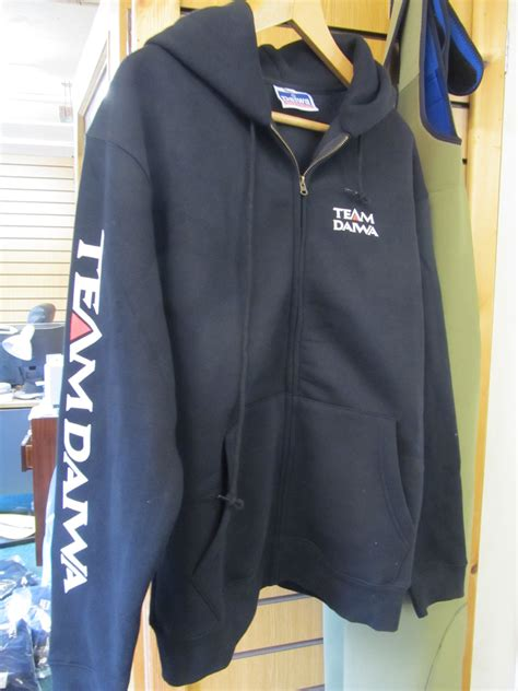 Hoodie Team Daiwa ex display daiwa team daiwa hoodie zip up jacket black