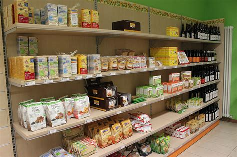 scaffali negozio alimentari arredo negozio alimentare arredamento market alimenti como