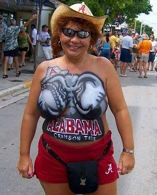 roll tide university of alabama handmade football fan alabama has the classiest fans photos worldwideinterweb