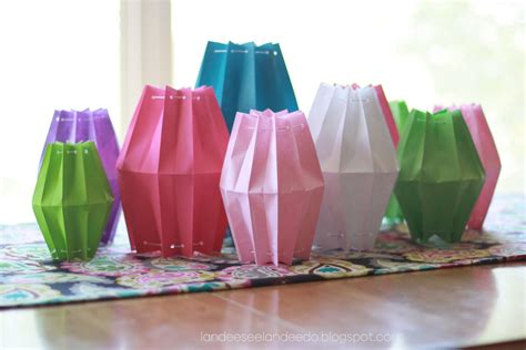 How To Make A Paper Bag Lantern - paper bag lanterns landeelu