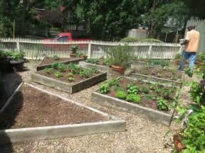 p allen smith garden home blogging with p allen smith in the garden with janet carson