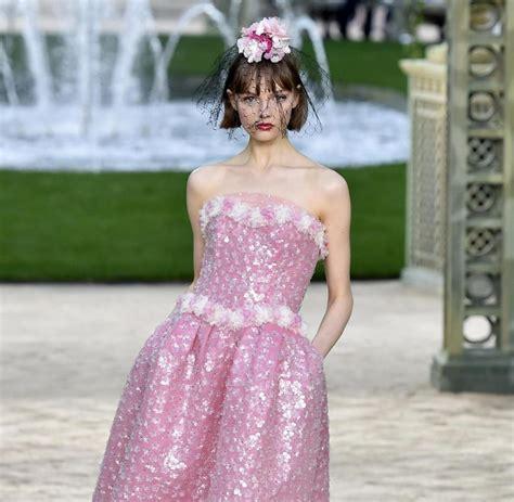 Tongtempat Sah Mobil Chanel Fanta haute couture in ein bisschen mehr drama geht noch